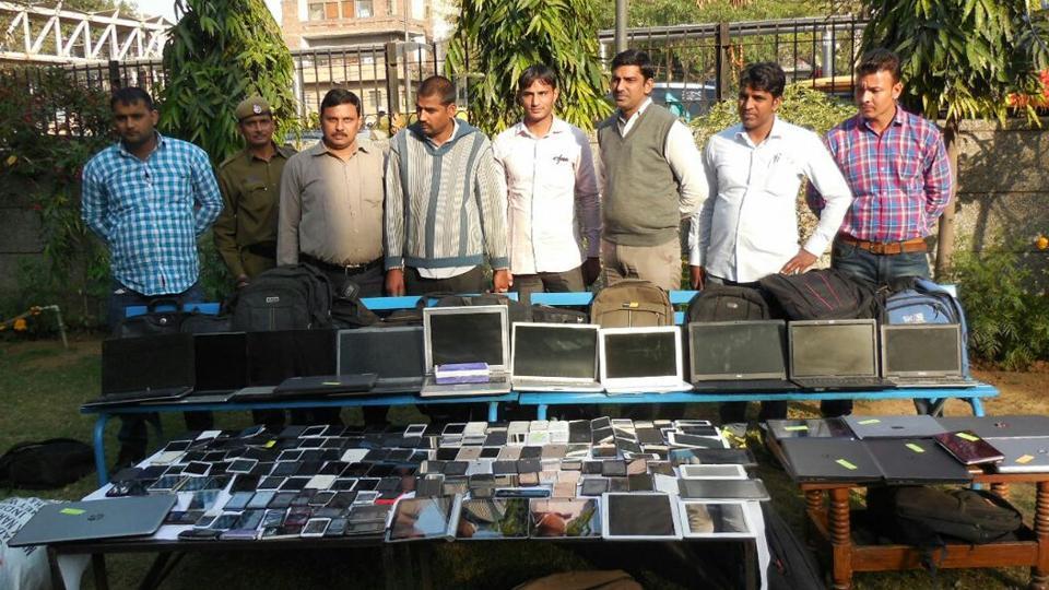 mobile phones stolen,mobile phone snatching,burglary