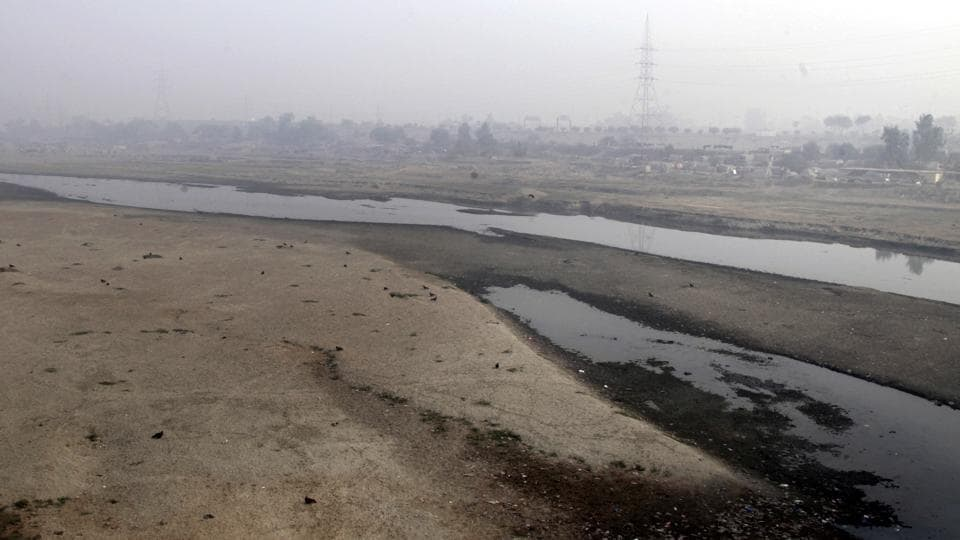 Very little water flows in the Ravi River in Lahore, Pakistan in this file photo from December 14, 2016.