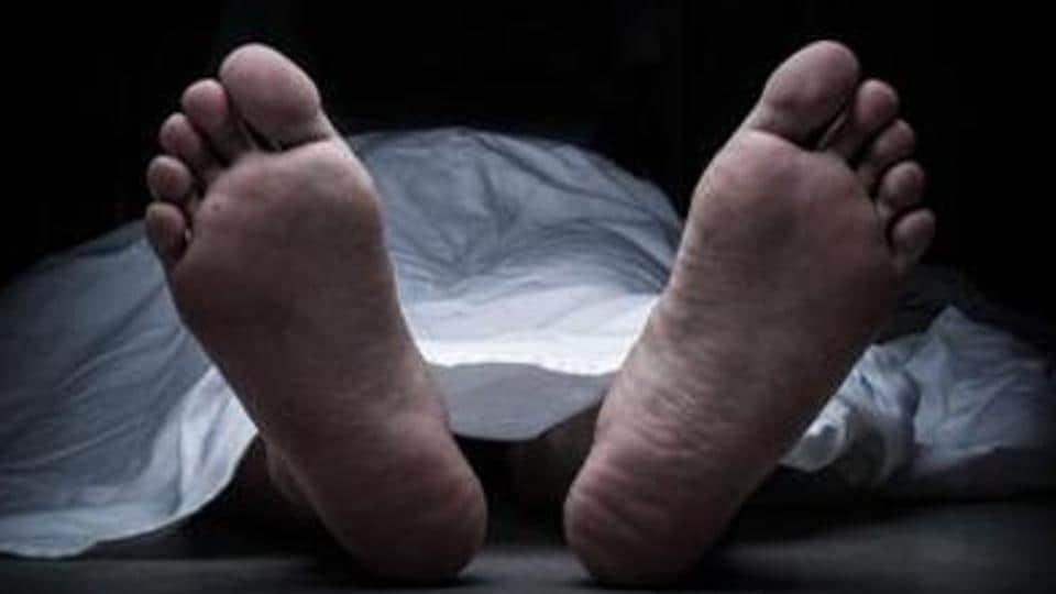 death of minor,girl falls to death,Kandivli death