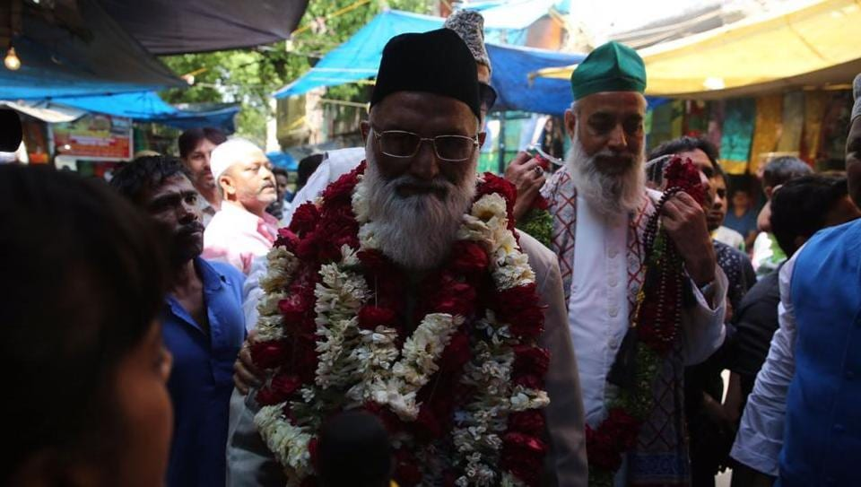Asif Nizami, the head priest, and his nephew Nazim Nizami reached the Hazrat Nizamuddin Aulia Dargah soon after they arrived at IGIA on Monday.