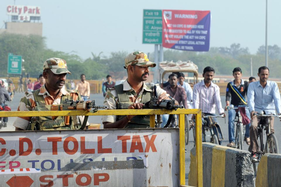 Though the proposed Jat agitation was called off, ITBP, RAF, Haryana police and Delhi police personnel were deployed at Delhi-Gurgaon Sirhaul border on Monday.