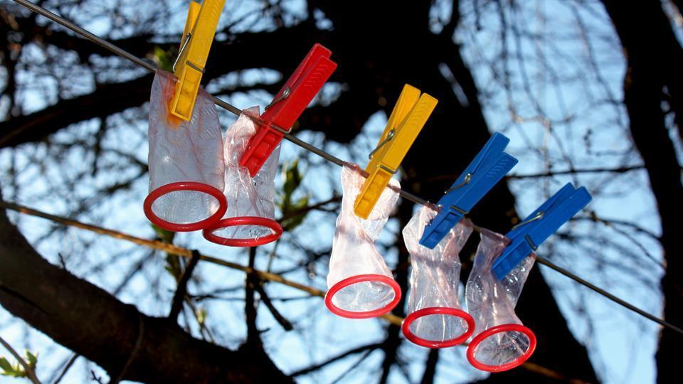 HIV/AIDS,Indian men condom use,Condom use India