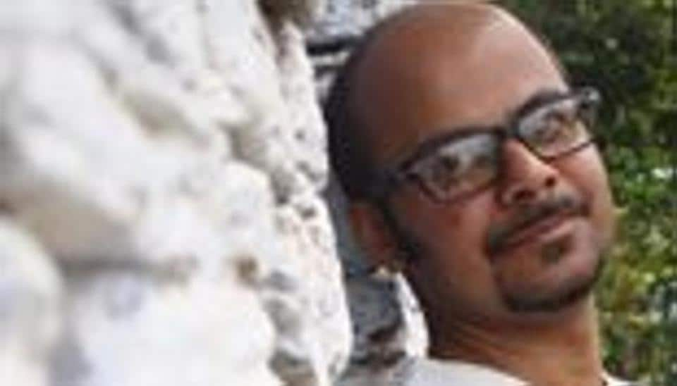 Police complaint against Bengali poet for hurting 'Hindu beliefs'