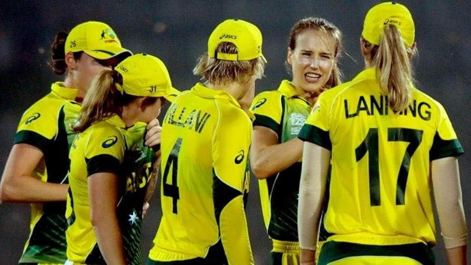 The Australia women's cricket team players will receive a huge financial boost from Cricket Australia.