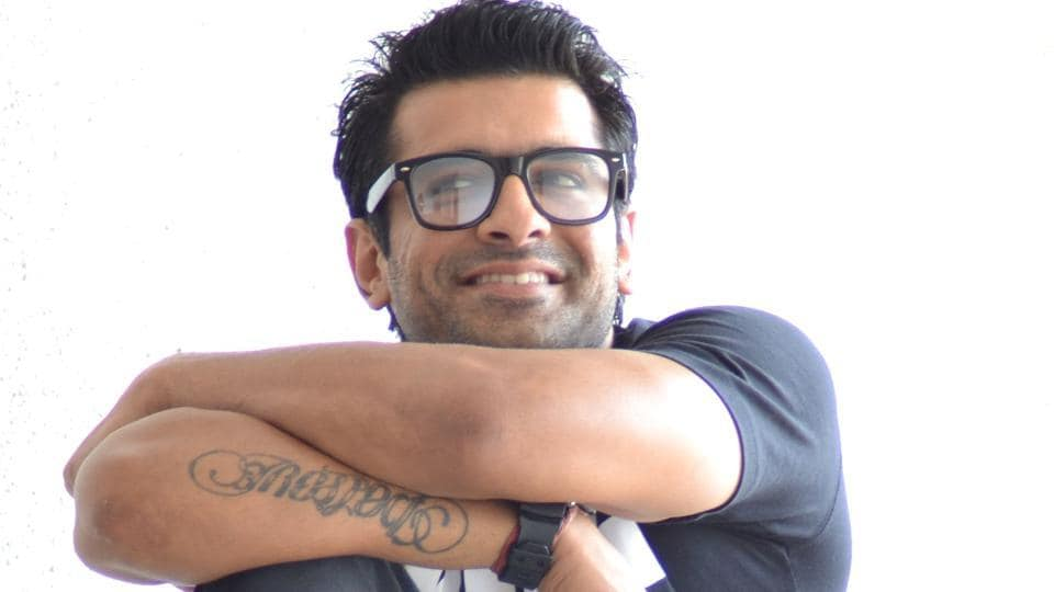 Eijaz Khan played the character of Vikrant Khanna in his last TV show, Meri Awaaz Hi Pehchaan Hai.