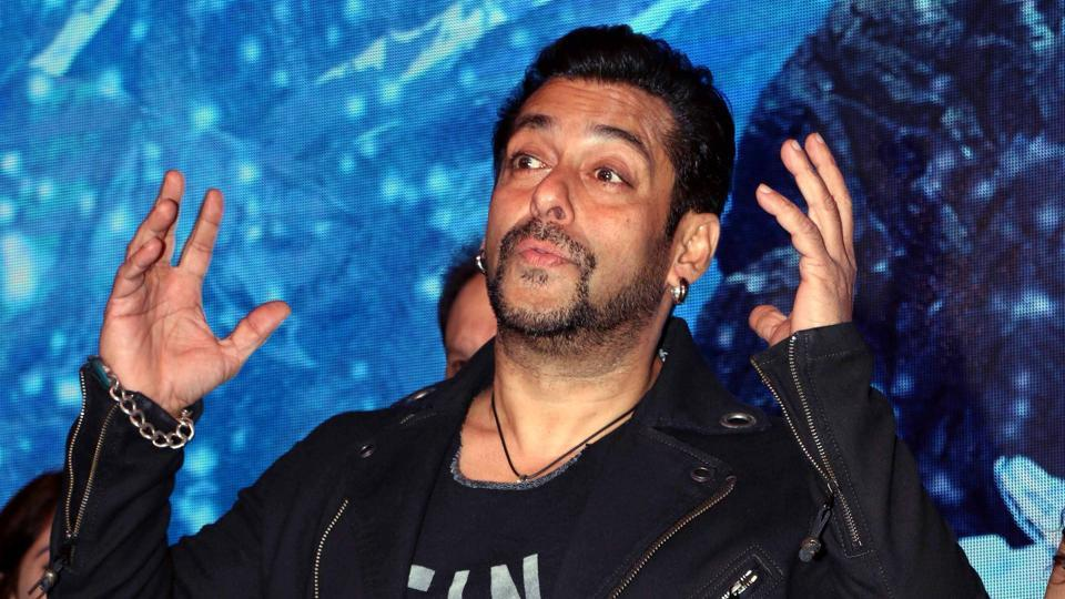 Salman Khan BEATS Hrithik Roshan and Akshay Kumar, here's how