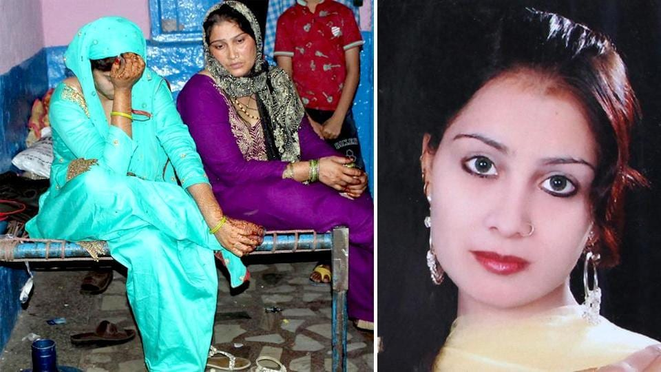Family members of the acid attack victim in Ghaziabad.