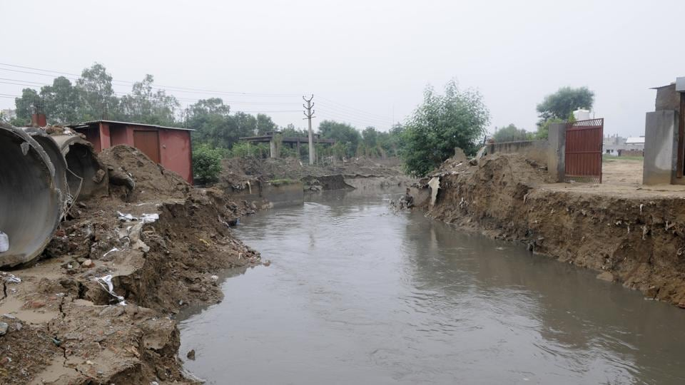 Waterlogging in city due to encroachment of the drain.