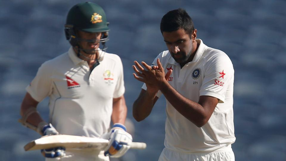 Ravichandran Ashwin (R) and Mitchell Starc were involved in on-field banter during the India vs Australia Test series.