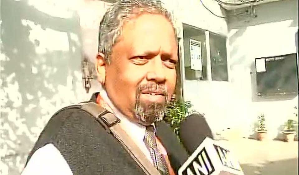 SHiv Sena MP,R Gaikwad,Air India