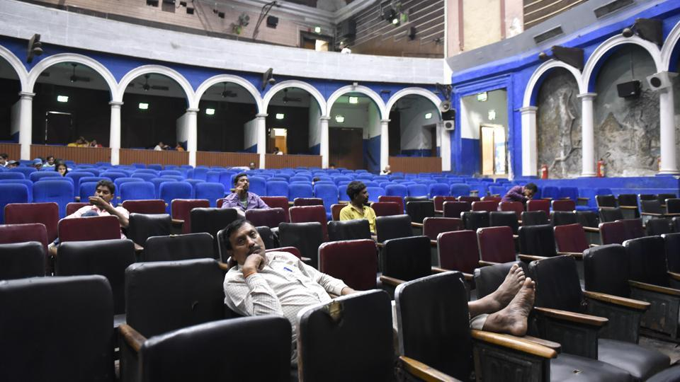 The subsequent mushrooming of multiplexes and malls in every corner forced the smaller single-screen theatres to shut down. (Saumya Khandelwal/HT PHOTO)