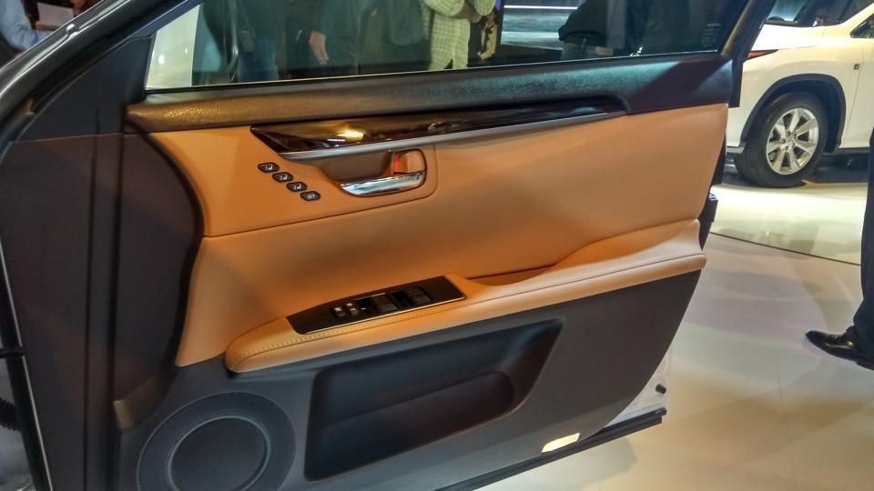 Lexus Drives Into India Autos Top Photos Hindustan Times