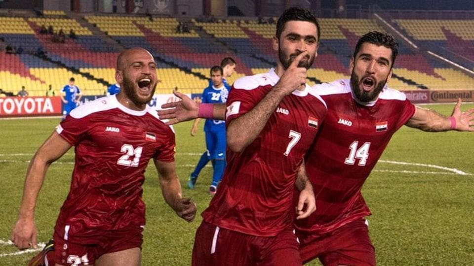 Syria scored a late goal to beat Uzbekistan in their 2018 FIFA World Cup qualifying third round, group stage match .