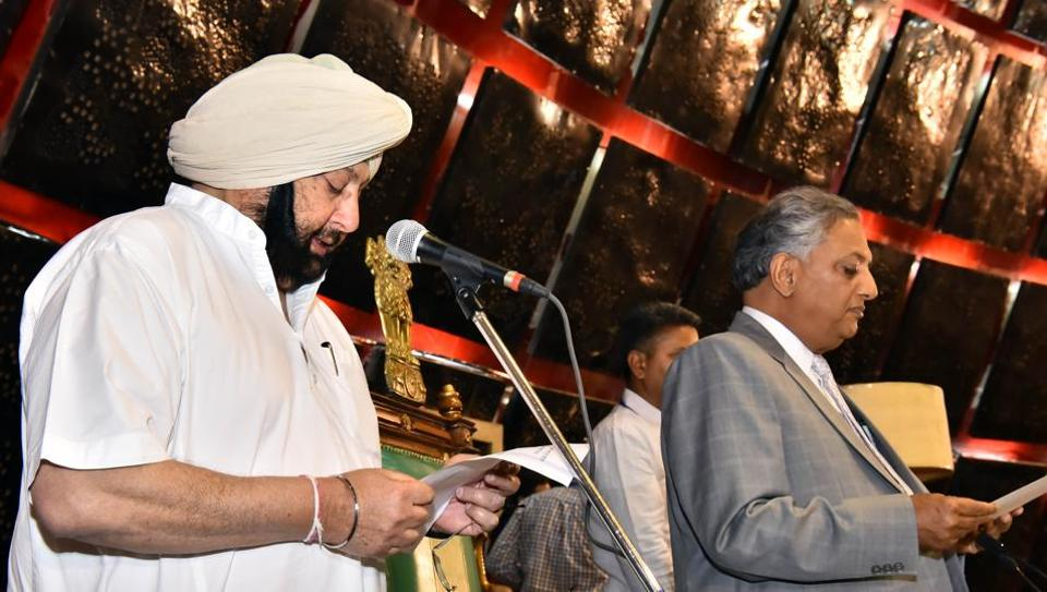 Punjab CM Amarinder Singh was the first to be administered oath by the pro-tem speaker Rana KP Singh. He took oath in Punjabi.