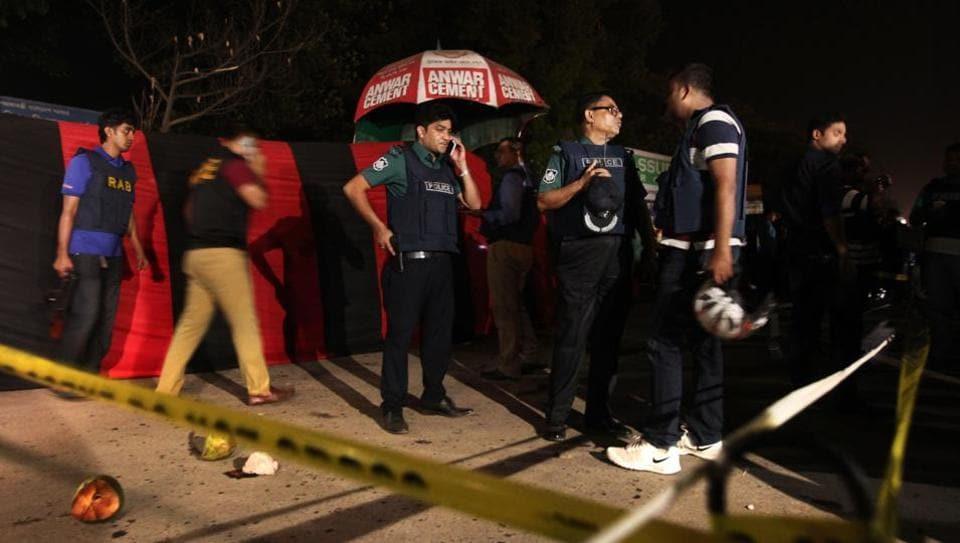 Bangaldesh suicide blast