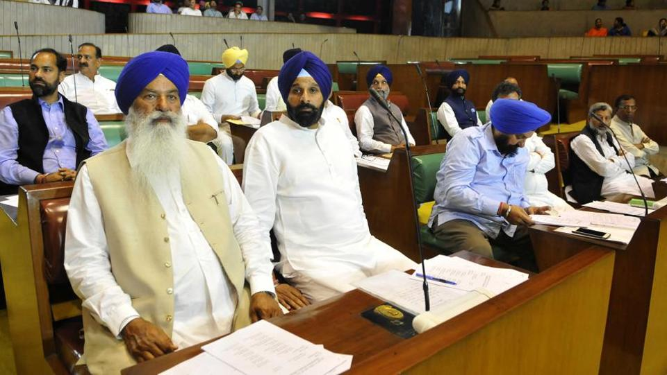 Shiromani Akali Dal MLAs in the Punjab Vidhan Sabha on the first day of the maiden session of the 14th assembly on Friday, March 24. (Keshav Singh/HT)