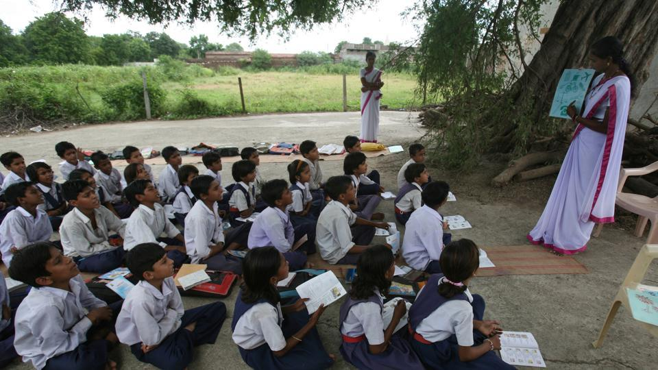 Telangana State Public Service Commission (TSPSC) will soon issue a notification to fill around 17,000 posts of government teachers, Deputy chief minister Kadiyam Srihari said on Thursday.