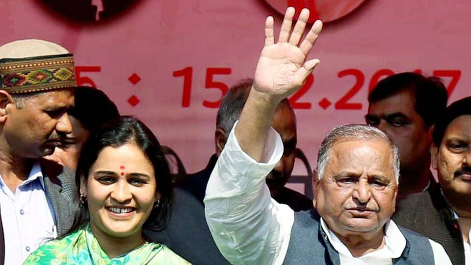 Aparna Yadav, who lost from the Lucknow Cantt seat in the recent assembly elections, has been visiting the Gorakhnath shrine as a devotee.  She and her husband Prateek Yadav, Mulayam Singh Yadav's younger son, met CM Yogi Adityanath in Lucknow on Friday.