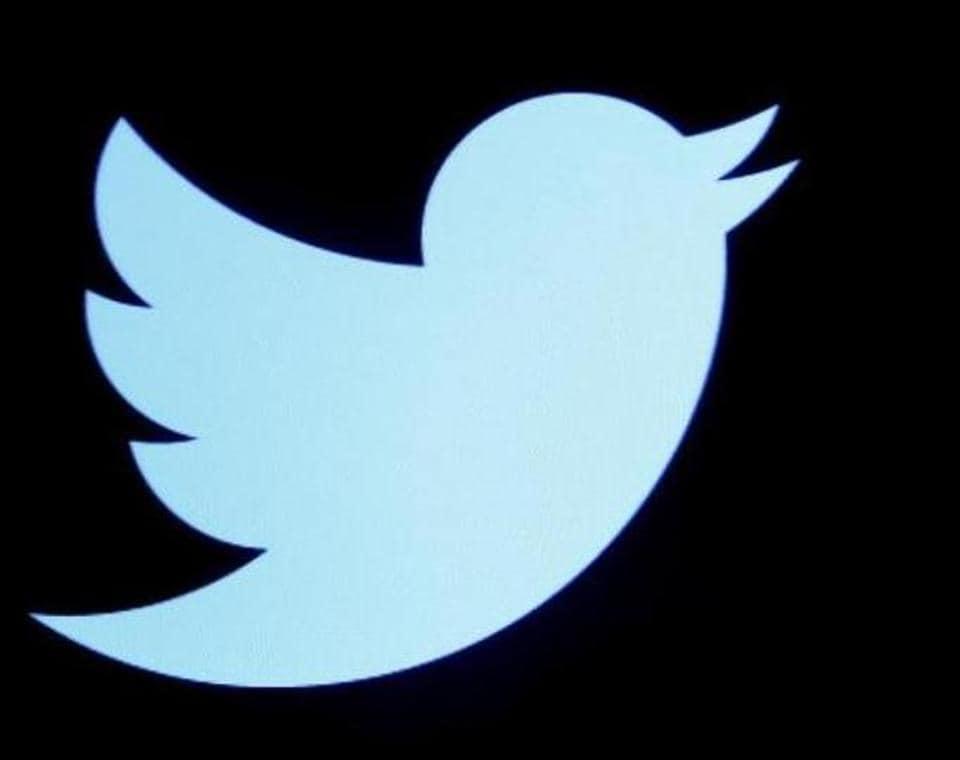 Twitter,Facebook,Tweetdeck