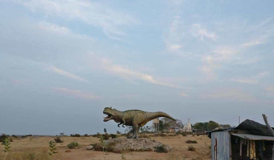 This is a model of the Rajasaurus Narmadensis, a carnivore who walked on two legs, had a strong bite and lorded it over central India. It's among more than 20 kinds of dinosaur native to the Indian region.