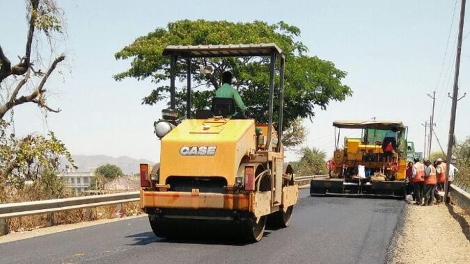 The PWD constructs the road at Palghar-Mahim highway using the new technique.