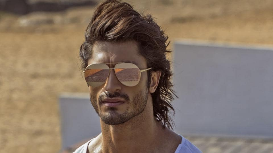 Vidyut Jammwal is trained in martial arts.