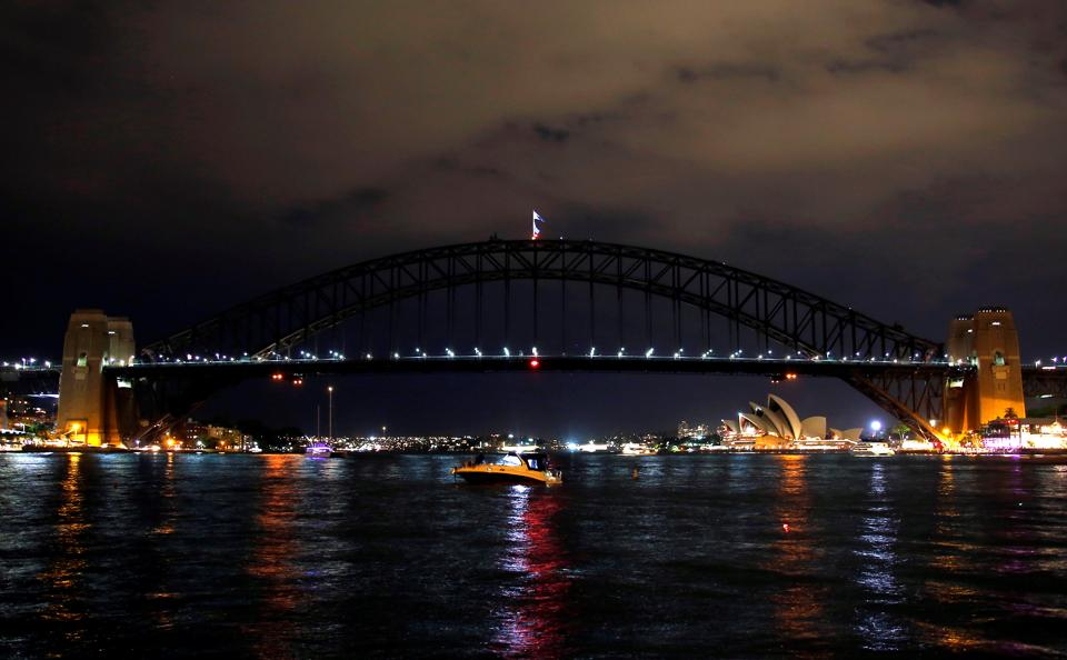 The Sydney Harbour Bridge seen during the tenth anniversary of Earth Hour in Sydney, Australia. (David Gray / REUTERS)