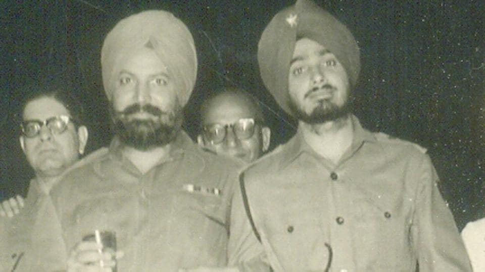 Brigadier Jasbir Pal Singh Randhawa (extreme right) as a young captain in the fifties posted as ADC to the GOC, 25 Division at Rajauri.