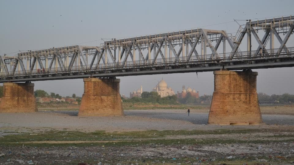 The unfiltered water of dirty drains, besides the sewer, continues to flow into Yamuna, which has resulted in drastic reduction of oxygen levels of the river over the years.