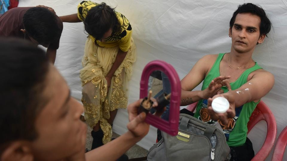 Participants get ready for a show to remember. (Pratham Gokhale/HT Photo)