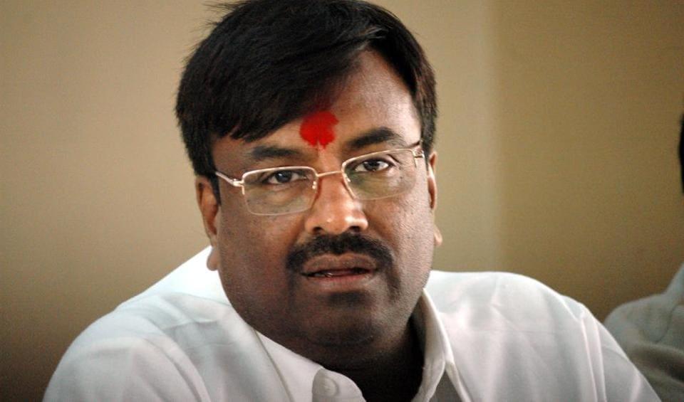 Maharashtra finance minister Sudhir Mungantiwar