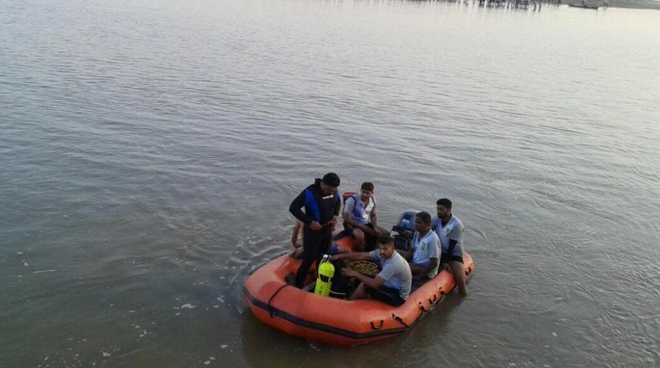 Beas river,students drowned,Punjab