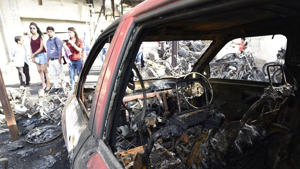 mumbai,mumbai news,vehicles set to fire in Bhandup