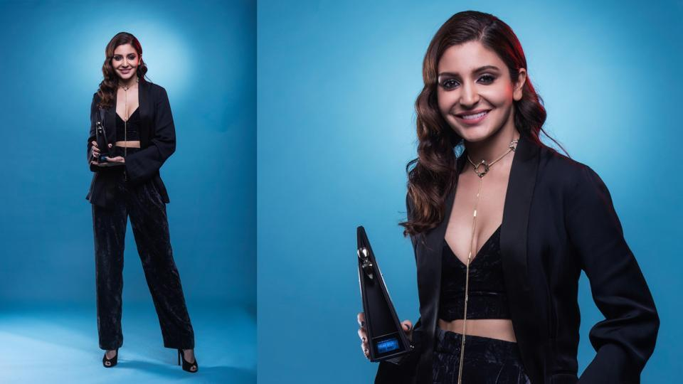 Anushka Sharma won the award for the Most Stylish Actress and her elegant and stylish ensemble was applauded as well.  (Aalok Soni/HT Photo)