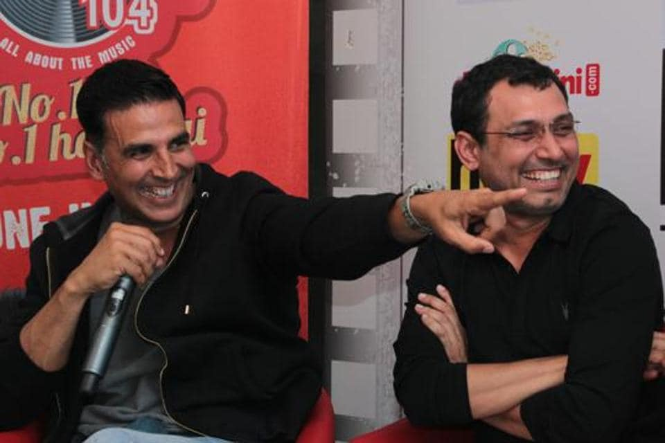 Akshay was seen at his humorous best. Here's Akki and filmmaker Neeraj Pandey sharing a light moment. (SHIVAM SAXENA/HT PHOTO)