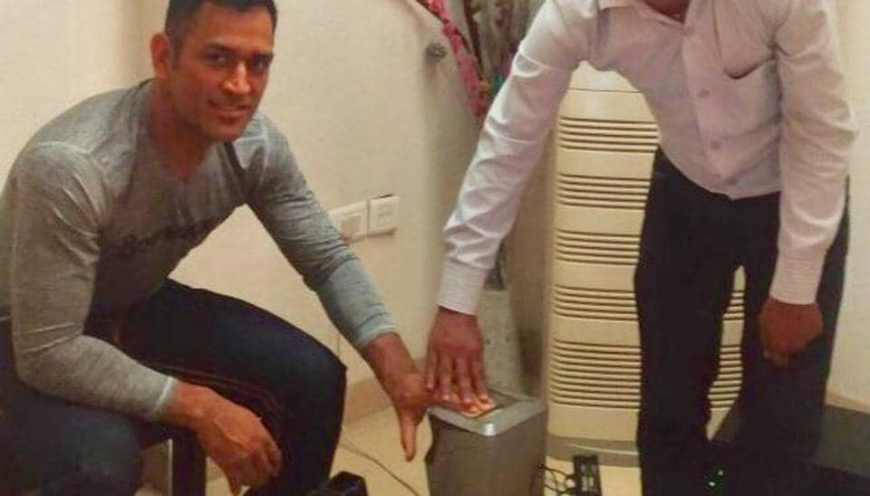 MS Dhoni's Aadhar details shared on Twitter, wife Sakshi disappointed