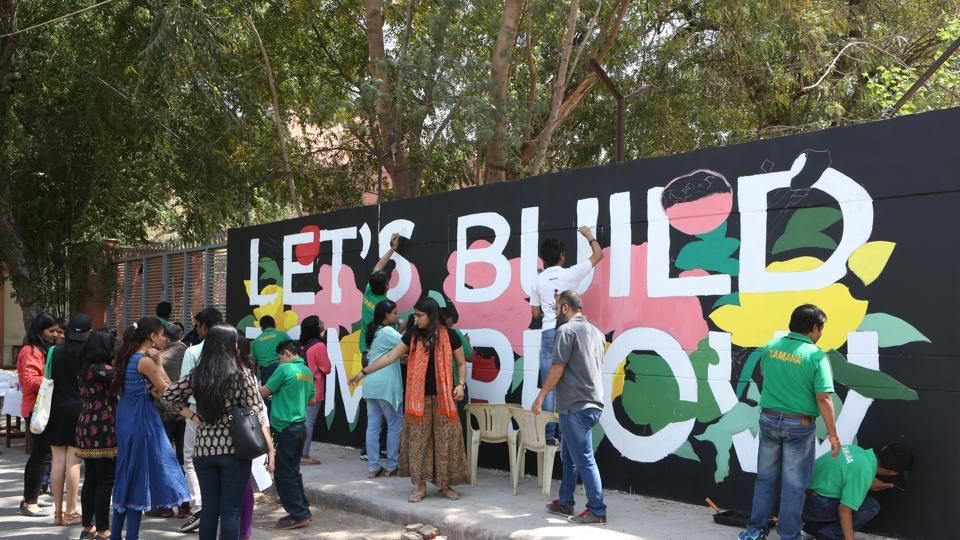 As the professional artist made the graffiti outline, young hands from NGO's such as Tamana, DCWA, Adhyayan and Adharshila, filled the contours with colours of their choice and recreated their imagination on the wall.