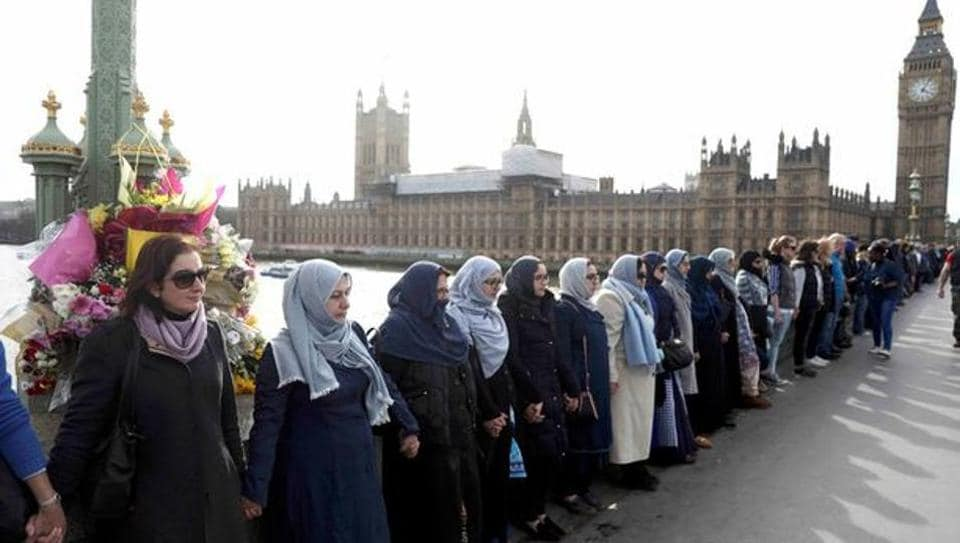 Westminster attack,London terror attack,Muslim women human chain
