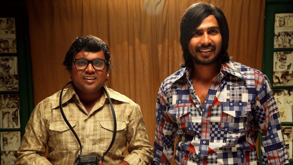 Vishnu and Kaali Venkat played the photographers in the film.