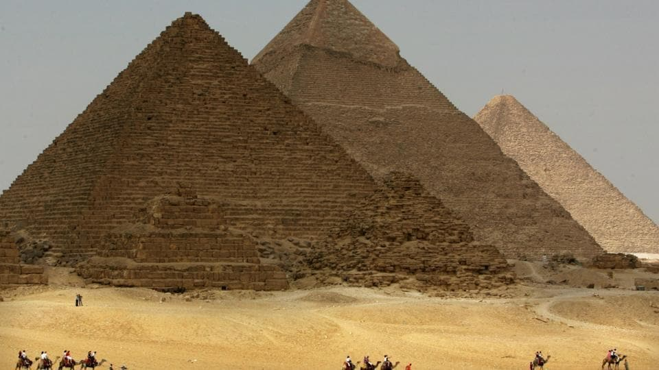 A 3,800-year-old tomb holding the mummy of powerful governor's family has been discovered along the Nile River in Egypt.