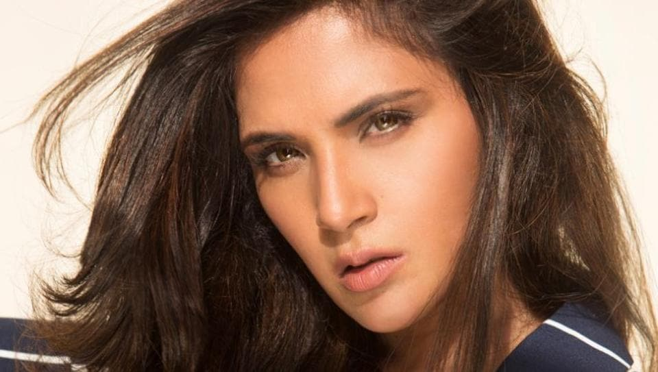 Richa Chadha helped people in need at an airport.