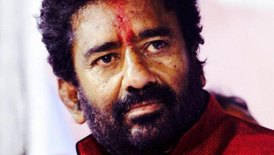 Shiv Sena MP Ravindra Gaikwad abused and assaulted Air India manager R Sukumar with his slippers after being denied business class on a Pune-New Delhi flight last week.