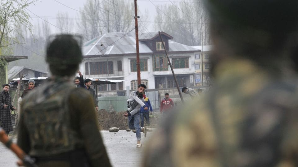Several civilian deaths have been reported during encounters between militants and security forces in the restive state in recent times. (Waseem Andrabi / HT Photo)