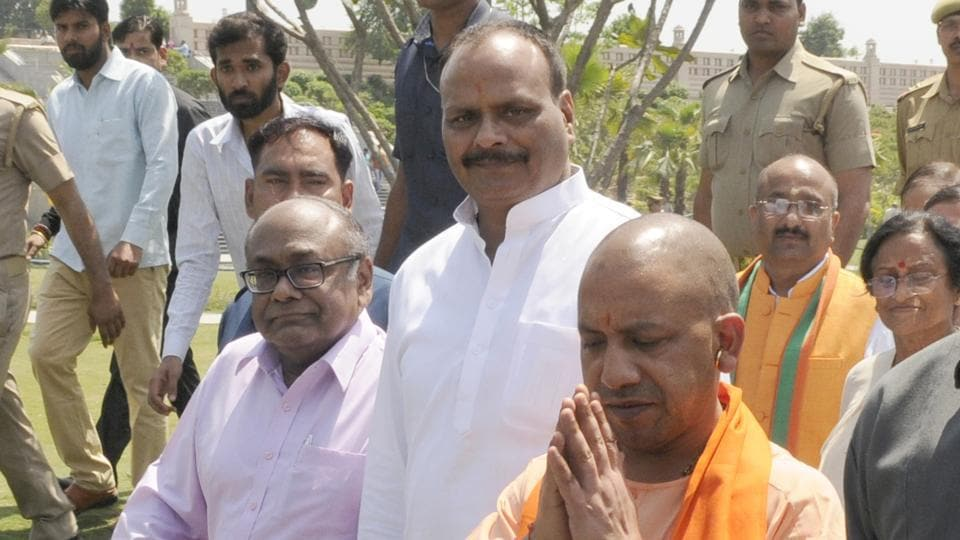 Chief minister Yogi Adityanath  inspecting Gomti River Front, the dream project of former chief minister Akhilesh Yadav, in Lucknow on Monday.