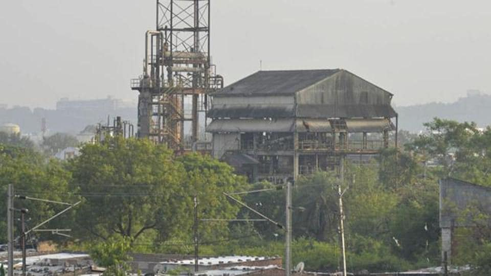 A deadly gas leak at the Union Carbide plant in Bhopal in 1984 killed over 3,000 people and maimed thousands of others.