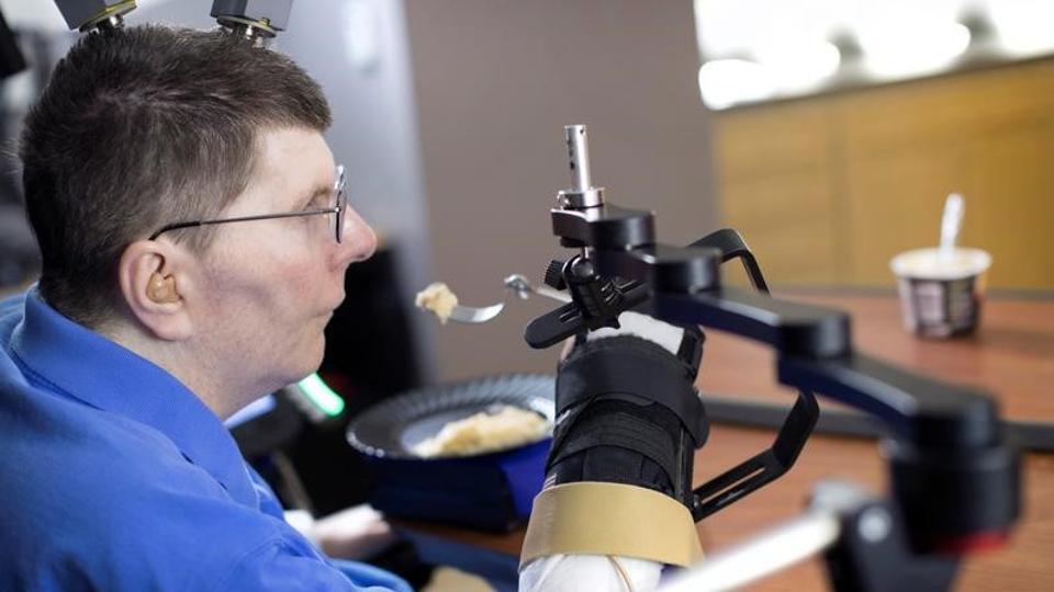 Cleveland,Brain implant,Computer-brain interface