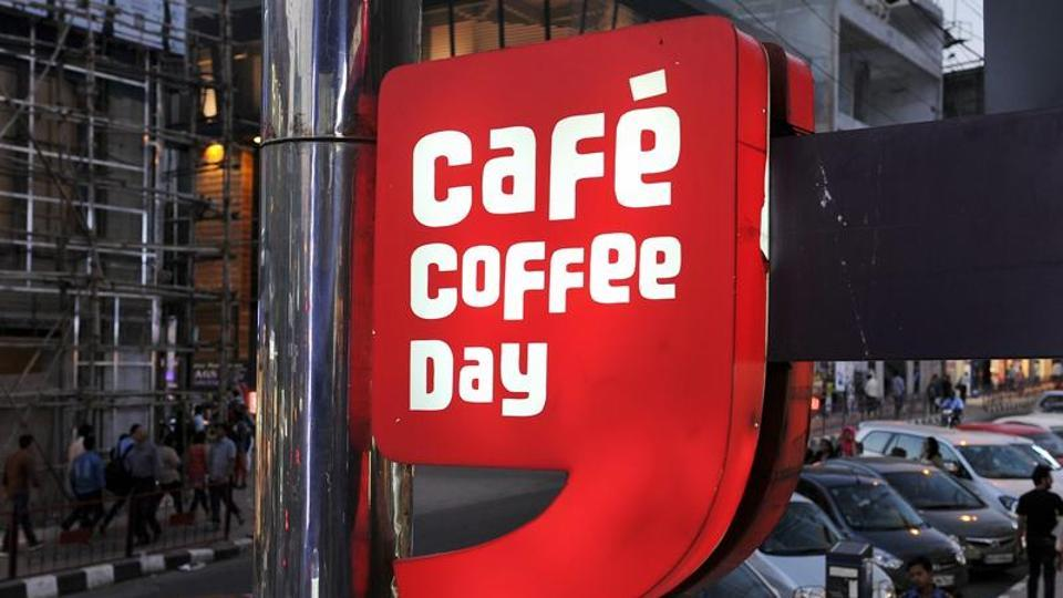 CCD,Cafe Coffee Day,Employee slaps customer