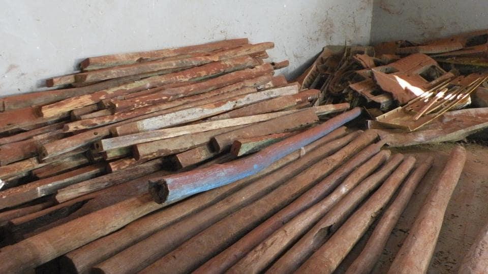 Red sanders smuggling racket,Kolkata model arrested,Andhra Pradesh Police