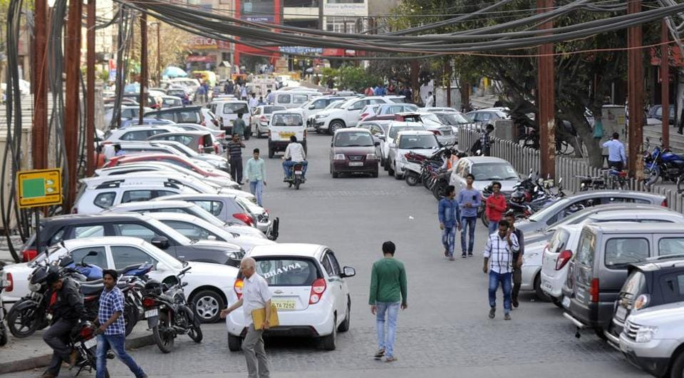 Traders said the authority had 20 days ago dug up six locations in the market to complete the redevelopment project.
