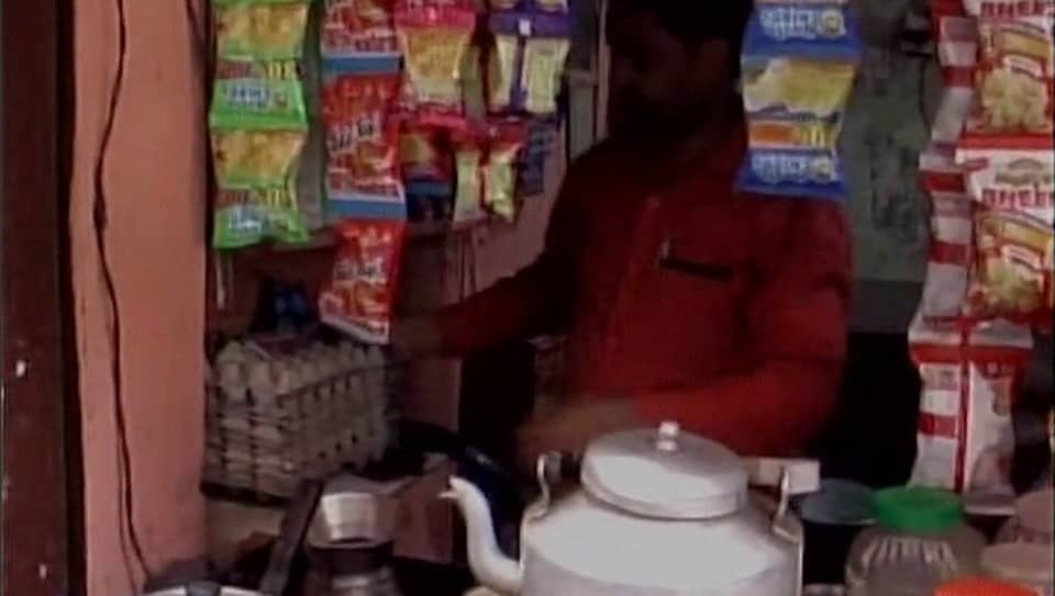 A meat shop owner has been selling tea as slaughterhouses continue their indefinite strike against the UPgovernment's crackdown.